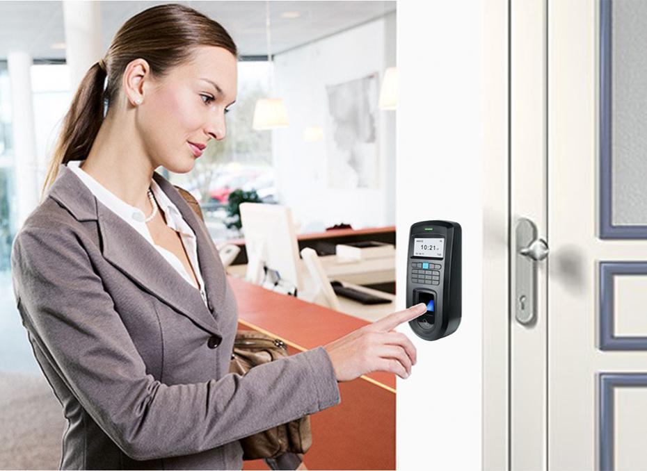 control-acceso-biometrico